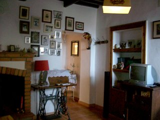 Cozy apartment in the center of Roccatederighi with Parking, Washing machine