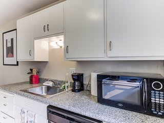 Cosy Berkeley Apartments | 10 min to UC Berkeley 108D