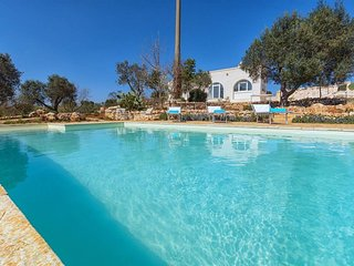Villa Cristina: Stunning 3 bedroom villa with pool