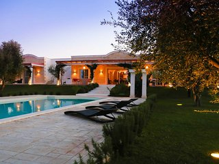 Puglia Luxury 6 bed villa with pool