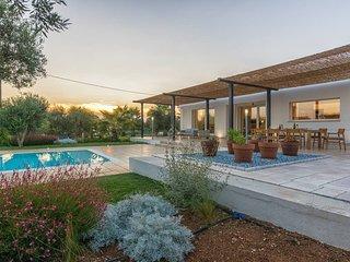 Eco friendly luxury villa in Puglia with pool
