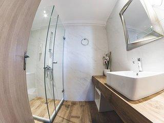 Dome Luxury Rooms | 4. Triple room