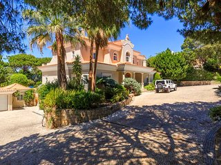 Quinta do Lago Villa Sleeps 12 with Pool Air Con and WiFi - 5742668