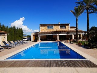 5 bedroom Villa in Moscari, Balearic Islands, Spain - 5741393