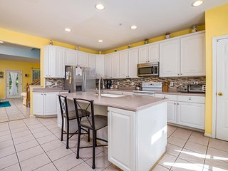 Spacious & Well-Equipped Home - Short Walk to Amenities!