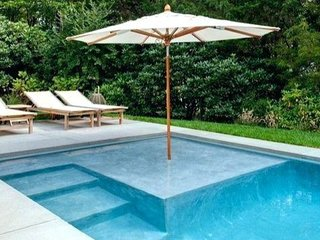 POSHPADZ Presents Hibiscus Villa Sleeps 6 - Huge Pool in Jupiter