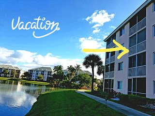 POSHPADZ Presents: Jupiter Gem-1 Bed Sleeps 4 Lake View Walk to JUPITER Beach
