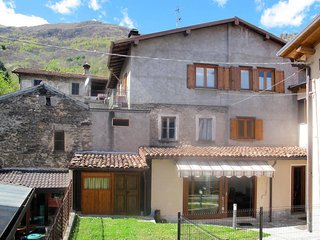 3 bedroom Apartment in Musso, Lombardy, Italy - 5436882