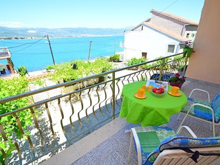 2 bedroom Apartment in Arbanija, Croatia - 5546552