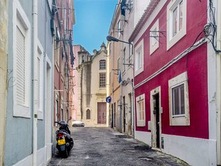 1 bedroom Apartment in Lisbon, Lisbon, Portugal : ref 5715903