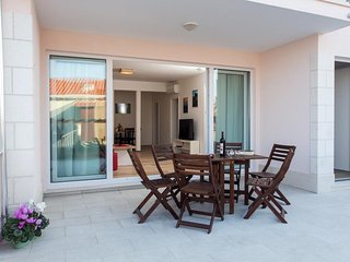 Villa Ankora - Two Bedroom Apartment with Terrace