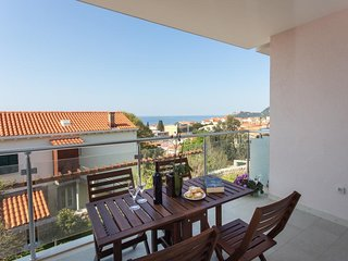 Villa Ankora- One Bedroom Apartment with Balcony and Partial Sea View