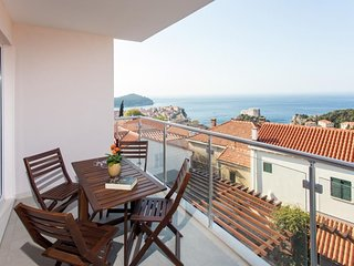 Villa Ankora - Comfort One Bedroom Apartment with Balcony and Sea View (1st
