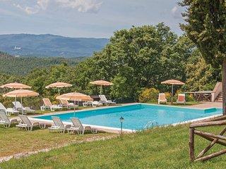 2 bedroom Apartment in Podere Poggiaccio, Tuscany, Italy - 5540442