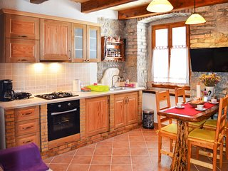2 bedroom Apartment in Roč, Istria, Croatia - 5605285