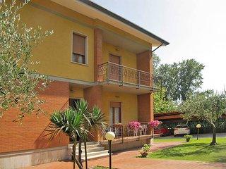 2 bedroom Apartment in Avenza, Tuscany, Italy : ref 5447723