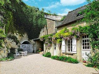 1 bedroom Villa in Luynes, Centre, France - 5441030