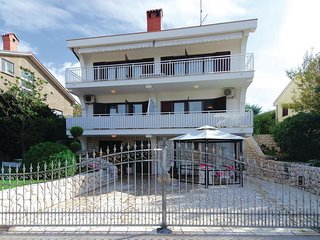 2 bedroom Apartment in Kraljevica, Primorsko-Goranska Zupanija, Croatia : ref 55