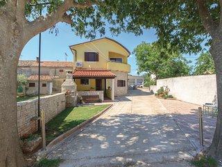 2 bedroom Apartment in Hrboki, Istarska Županija, Croatia - 5520506