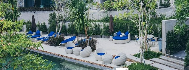 2 Nice Pools like this are included, but not perfectly private.