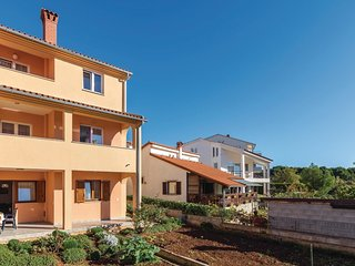 2 bedroom Apartment in Vintijan, Istria, Croatia : ref 5570087