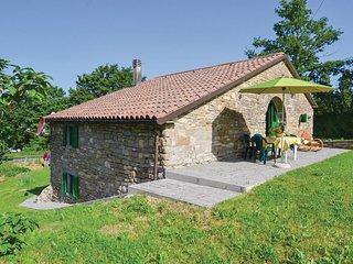 3 bedroom Villa in Ranco, Tuscany, Italy - 5566795