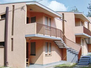 2 bedroom Apartment in Caleri, Veneto, Italy - 5523788