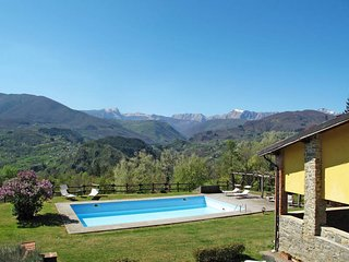 1 bedroom Apartment in Taviano, Tuscany, Italy : ref 5447159