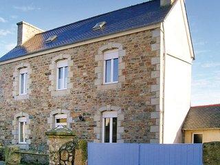 2 bedroom Villa in Trélévern, Brittany, France - 5565434