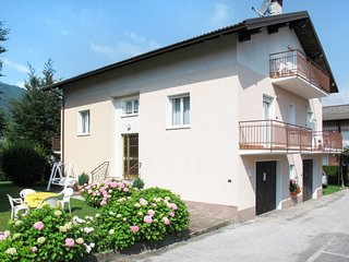 2 bedroom Apartment in Caldonazzo, Trentino-Alto Adige, Italy - 5641371