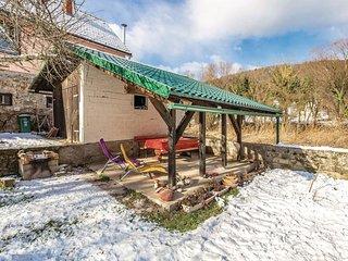 2 bedroom Villa in Brod na Kupi, Primorsko-Goranska Županija, Croatia - 5542964