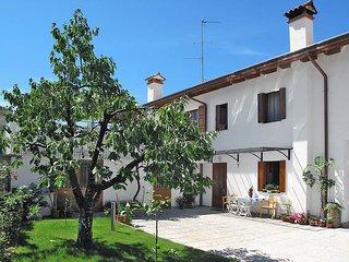 2 bedroom Apartment in Corno di Rosazzo, Friuli Venezia Giulia, Italy : ref 5437