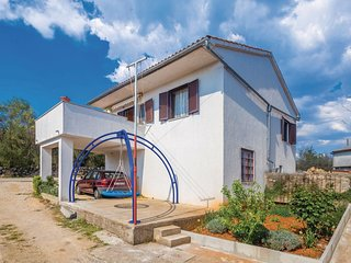 2 bedroom Apartment in Žgaljić, Croatia - 5585633