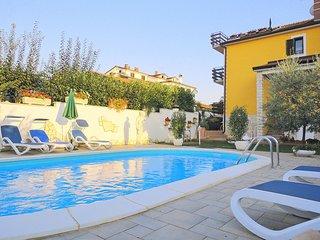 2 bedroom Apartment in Finida, Istria, Croatia : ref 5552710