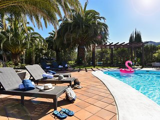 Finca Madroñal with Pool in Gran Canaria