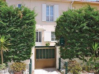 2 bedroom Villa in Lourel de Baixo, Lisbon, Portugal : ref 5547581