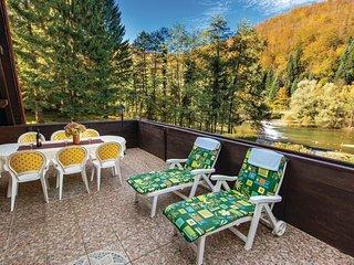 2 bedroom Villa in Mala Lešnica, Croatia - 5542943