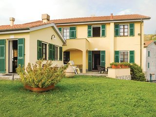 2 bedroom Villa in Madrignano, Liguria, Italy - 5574247