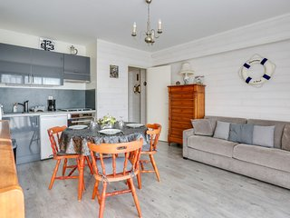 1 bedroom Apartment in Cabourg, Normandy, France - 5570406