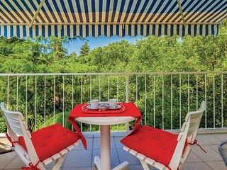 2 bedroom Villa in Kraljevica, Primorsko-Goranska Zupanija, Croatia : ref 552098