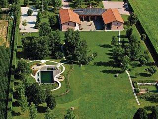 2 bedroom Apartment in Cartiera Reali, Veneto, Italy : ref 5523772
