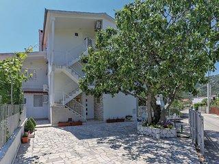 2 bedroom Apartment in Vrsine, Splitsko-Dalmatinska Županija, Croatia - 5563618