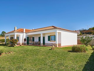 3 bedroom Villa in Praia da Arrifana, Faro, Portugal - 5604860