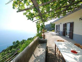 2 bedroom Villa in Bomerano, Campania, Italy : ref 5555267