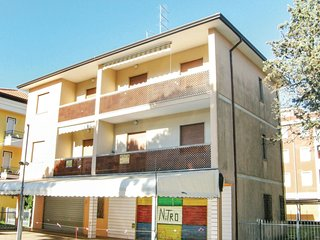 2 bedroom Apartment in Rosapineta, Veneto, Italy : ref 5540724