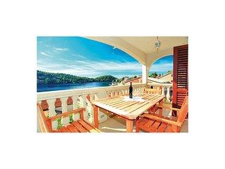 2 bedroom Apartment in Brna, Croatia - 5563137