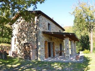 2 bedroom Villa in Longoio-Mobbiano, Tuscany, Italy - 5693949