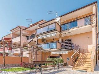 2 bedroom Apartment in Pula, Istarska Županija, Croatia - 5545510