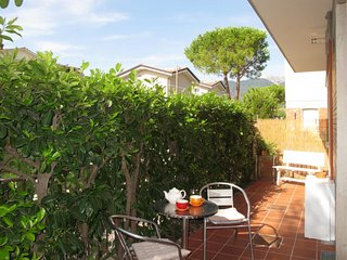 1 bedroom Apartment in Capanne-Prato-Cinquale, Tuscany, Italy : ref 5651614