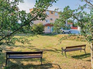 2 bedroom Apartment in Šikići, Istarska Županija, Croatia - 5520669